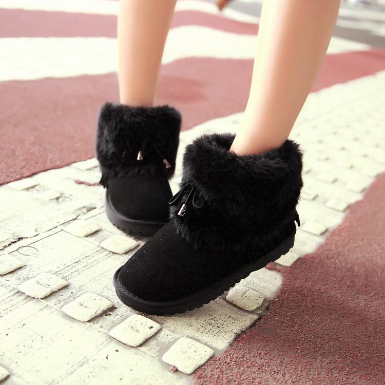 Winter Round Toe Flat Low Heel Ankle Feathers Black Snow