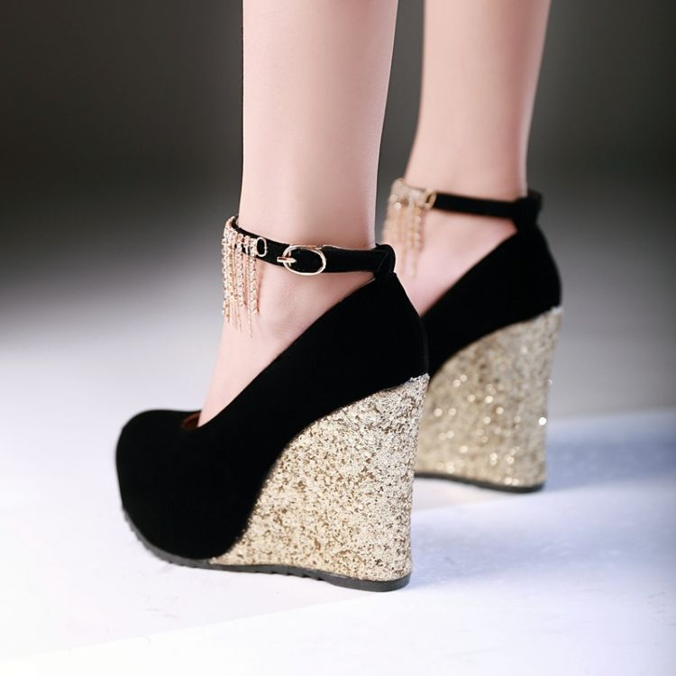 Silver Closed Toe Shoes With Strap