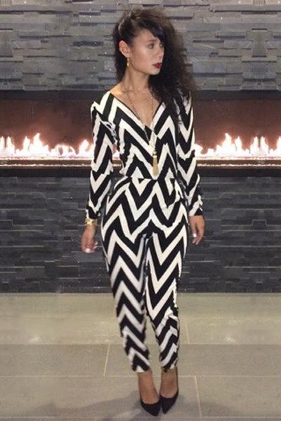 Fashion V-Neck Long Sleeve Trendy Style Women's Skinny Jumpsuits