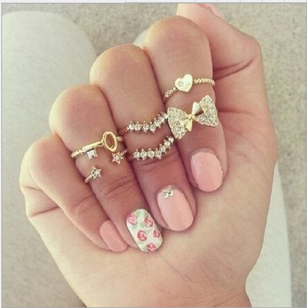 Fashion Rhinestone Embellished Bow Star Heart Shaped Gold Metal Ring Set(6 Pieces)