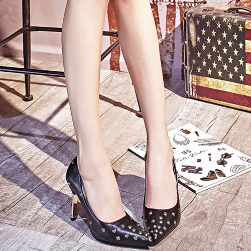 Trendy Pointed Closed Toe Rivet Decoration Stiletto Super High Heel Black PU Basic Pumps