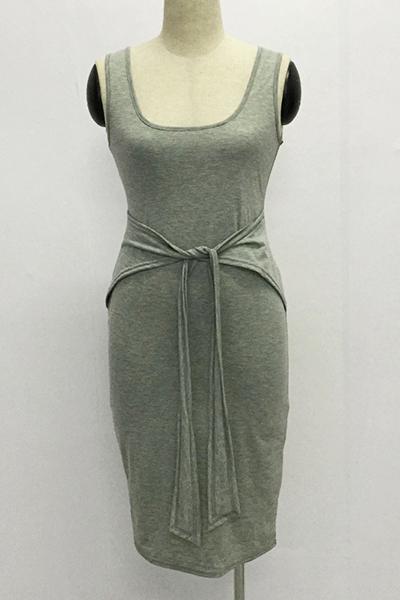 Casual em forma de U Neck Spaghetti Strap mangas Bandage cinza Mistura do algodão Vestido na altura do joelho