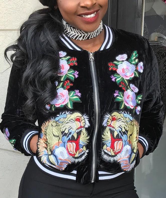 Fashion Round Neck Long Sleeves Embroidery Black Velvet Short Coat