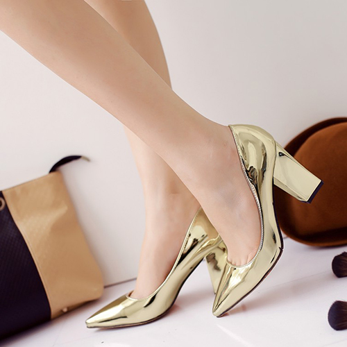 Fashion Pointed Closed Toe Shallow Mouth Design Chunky High Heel Gold PU Basic Pumps