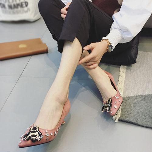 Suede dedo punta cerrado dedo del pie estilete mediano talón bombas de moda básica