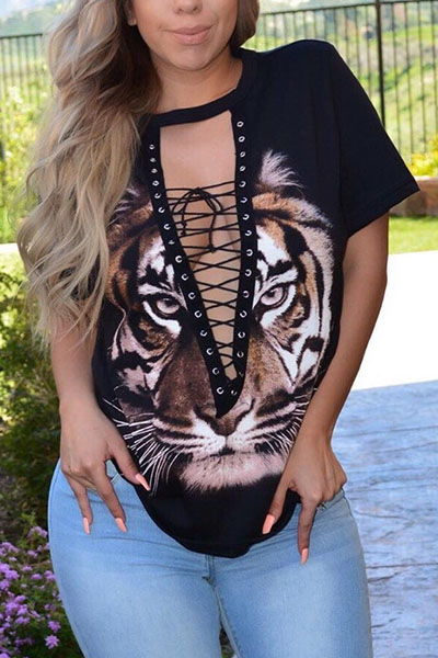 Sexy Deep V Neck Short Sleeves Hollow-out Black Polyester T-shirt