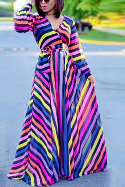 Robe à manches longues à manches longues à rayures imprimées à la cheville et à la cheville
