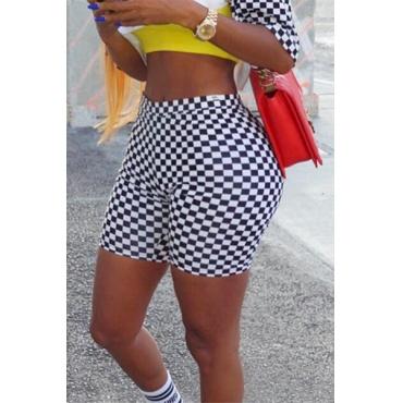 Leisure Elastic Waist Black-white Polyester Skinny Shorts